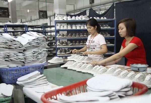 Sugieren a empresas vietnamitas tomar riendas ante tension comercial China-EE.UU. hinh anh 1