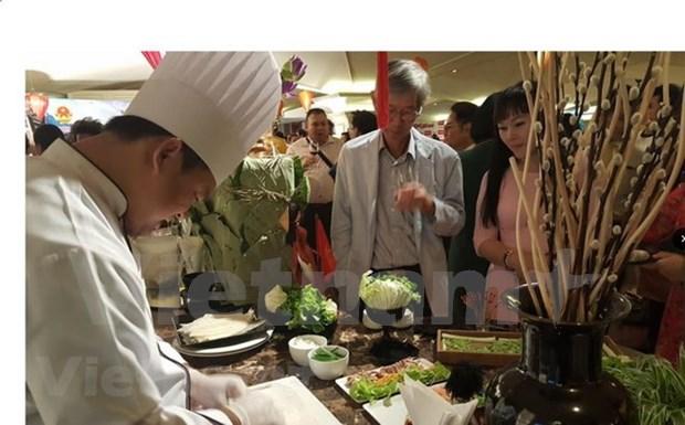 Divulgan cultura y gastronomia de Vietnam en Tailandia hinh anh 1