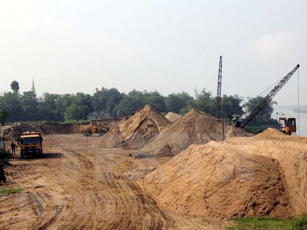 Vietnam reducira la importacion de materiales de desecho hinh anh 1
