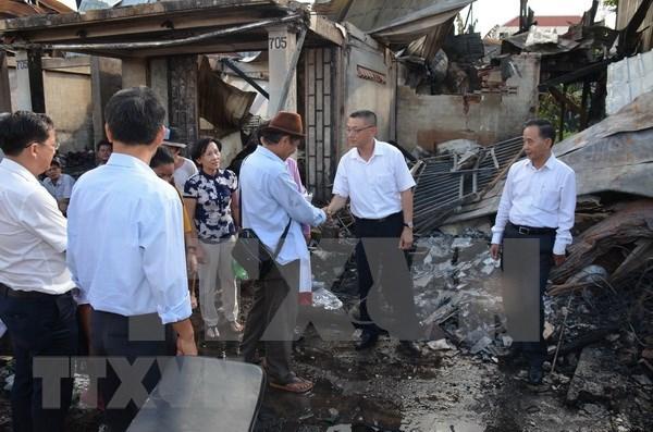 Vietnam continua apoyando a victimas connacionales del incendio en Phnom Penh hinh anh 1