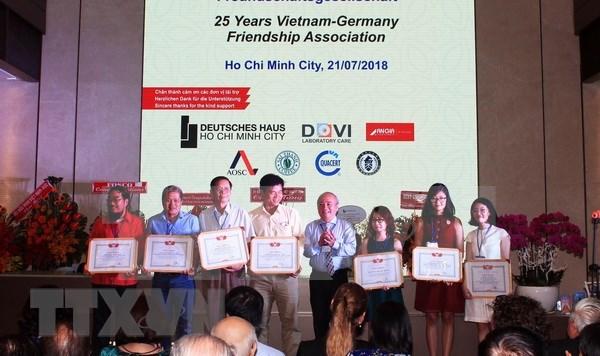 Vietnam y Alemania impulsan solidaridad entre los dos pueblos hinh anh 1
