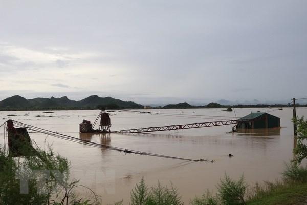 Incrementan asistencia a provincias vietnamitas afectadas por inundaciones hinh anh 1