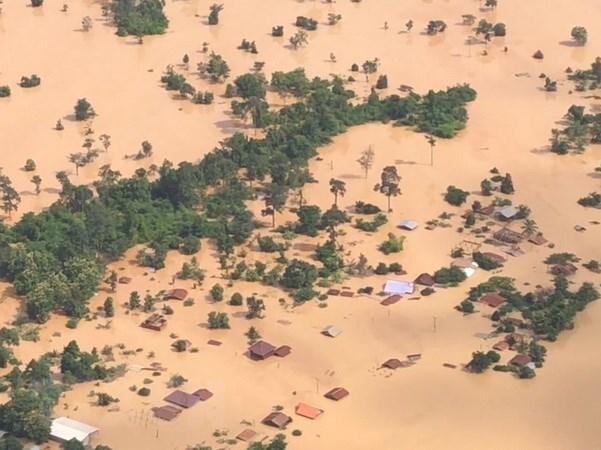 Presidente de Sudcorea enviara a rescatistas a Laos por colapso de presa hinh anh 1