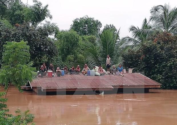 Presidente del Frente de la Patria de Vietnam se solidariza con Laos por colapso de presa hinh anh 1