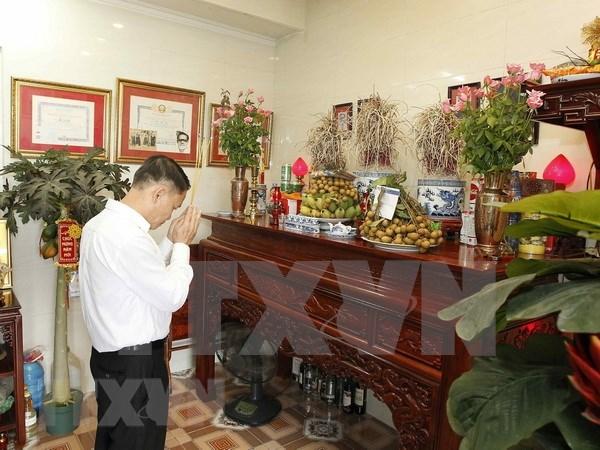 Agencia Vietnamita de Noticias manifiesta gratitud a veteranos y martires nacionales hinh anh 1