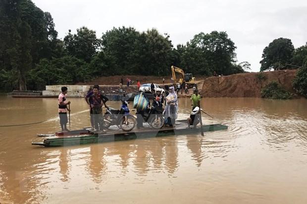 Casi seis mil evacuados por colapso de presa en Laos hinh anh 1