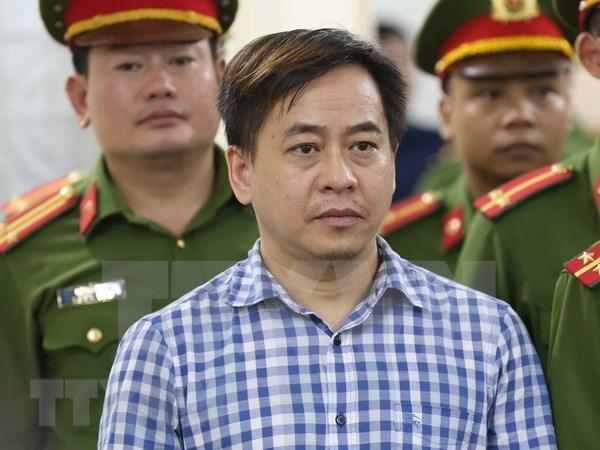 Condenados a prison tres individuos por revelar secretos de Estado de Vietnam hinh anh 1