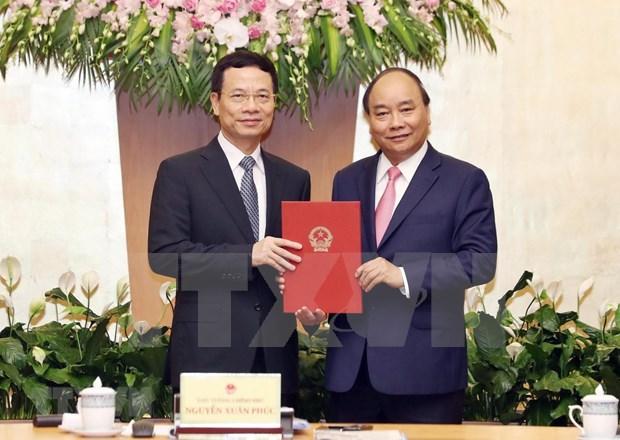 Premier de Vietnam encarga Ministerio de Informacion y Comunicacion a director de Viettel hinh anh 1