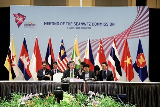 Vietnam asiste a reuniones regionales sobre derechos humanos y zona libre de armas nucleares hinh anh 1