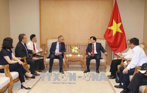 Vietnam aspira a adquirir experiencias de banco aleman sobre modelos de ahorro hinh anh 1