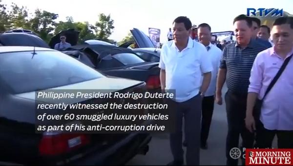Filipinas destruye vehiculos de lujo por valor de 5,5 millones de dolares en campana anticorrupcion hinh anh 1