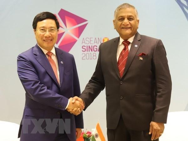 Vicepremier vietnamita sostiene encuentros bilaterales al margen de Reunion de Cancilleres de ASEAN hinh anh 1