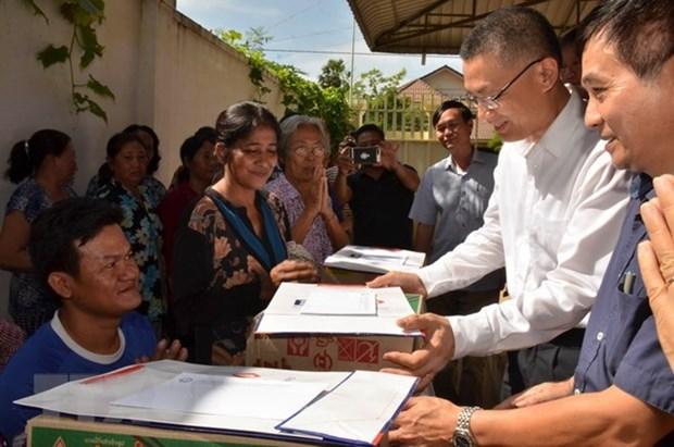Expatriados vietnamitas estabilizan vidas despues del incendio en Camboya hinh anh 1