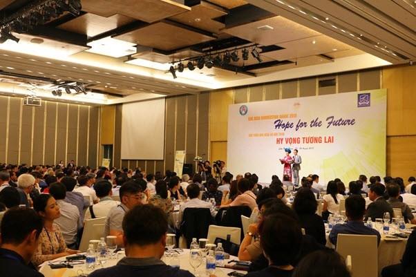 Representantes de 300 universidades debaten en Vietnam medidas para construir una Comunidad Asiatica hinh anh 1