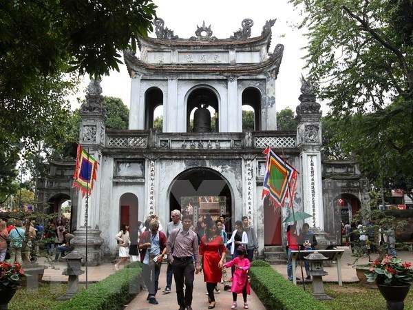 Hanoi figura entre los siete mejores destinos de Asia para mochileros hinh anh 1