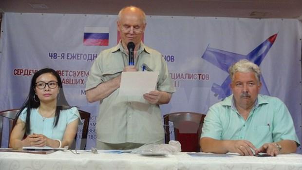 Embajada de Vietnam en Moscu efectua encuentro con ex-especialistas militares rusos hinh anh 1