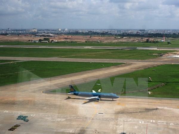 Extenderan aeropuerto internacional Tan Son Nhat hacia el Norte y el Sur hinh anh 1