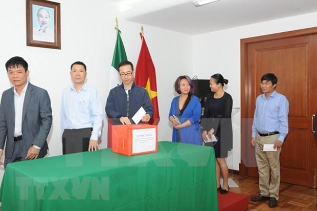 Comunidad internacional continua el envio de asistencia a Laos hinh anh 1