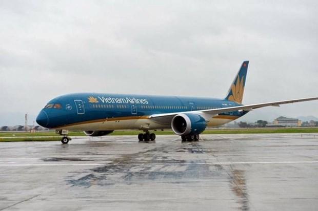 Vietnam Airlines ajusta vuelos a Japon debido a la tormenta Shanshan hinh anh 1