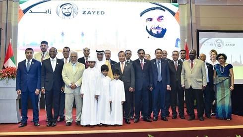 Conmemoran en Hanoi natalicio del primer presidente de los Emiratos Arabes Unidos hinh anh 1