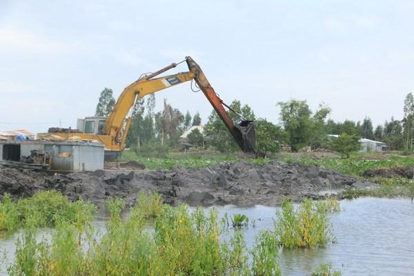 Region del Delta del Mekong se prepara ante riesgos de graves inundaciones hinh anh 1