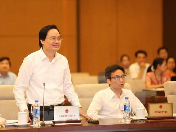 Diputados vietnamitas proponen consulta popular sobre proyecto de Ley de Educacion hinh anh 1