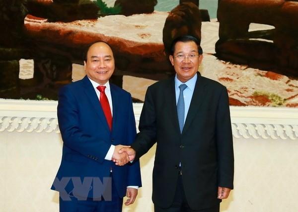 Primer ministro de Camboya resalta relaciones con Vietnam hinh anh 1