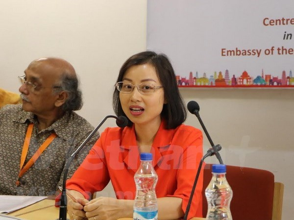 Jovenes cientificos de Vietnam e India robustecen intercambio de conocimiento hinh anh 1