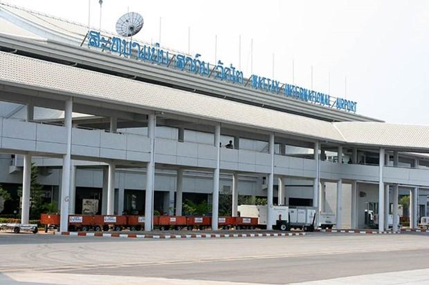 Aeropuerto Internacional laosiano de Wattay puede recibir 2,3 millones de turistas extranjeros al ano hinh anh 1