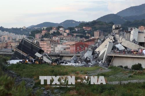 No reportan victima vietnamita en colapso de puente en Italia hinh anh 1