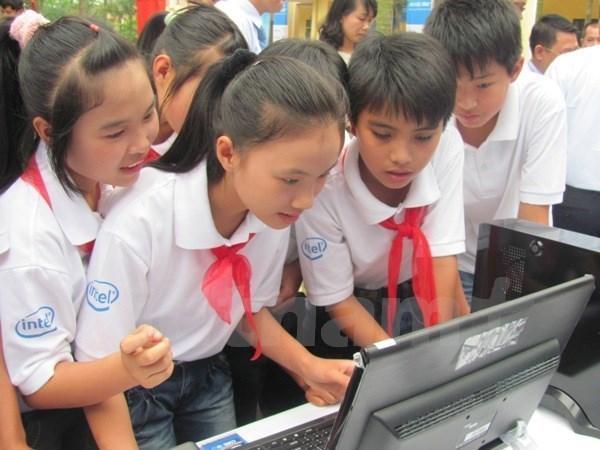 Lanzan proyecto a favor de los derechos de los ninos en Vietnam hinh anh 1