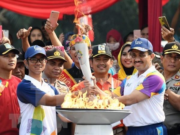 Llega a Yakarta antorcha de los Juegos Asiaticos hinh anh 1