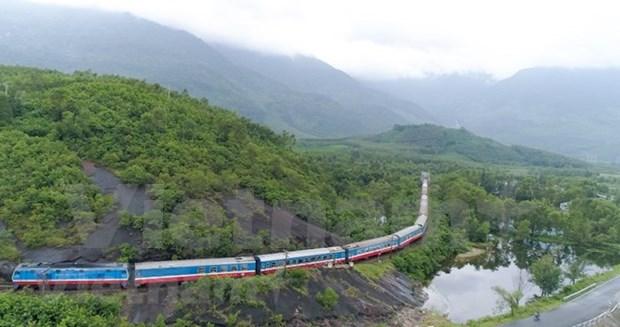 Vietnam trabaja por mejorar seguridad y capacidad del sector ferroviario hinh anh 1