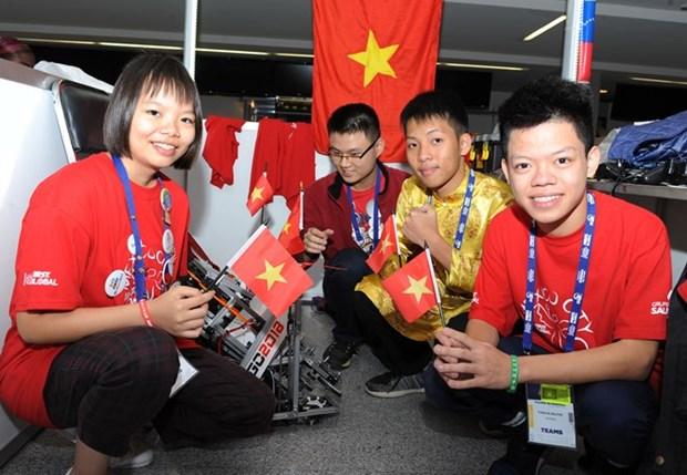 Equipo vietnamita cosecha buenos resultados en Mundial de Robotica en Mexico hinh anh 1