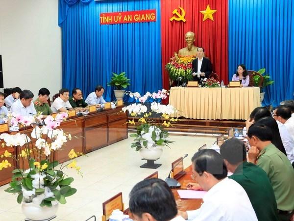 Presidente de Vietnam urge a la provincia de An Giang a renovar modelo de crecimiento agricola hinh anh 1