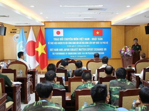 Vietnam y Japon comparten experiencias de mantenimiento de la paz hinh anh 1
