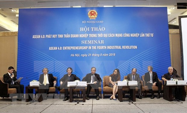 Vicecanciller vietnamita llama a ASEAN a promover resiliencia en era de Industria 4.0 hinh anh 1