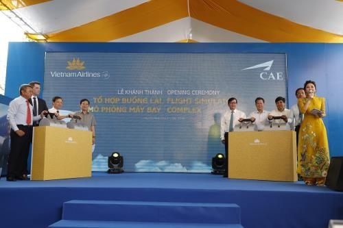 Inauguran en Vietnam primer complejo de simulacion de vuelo hinh anh 1
