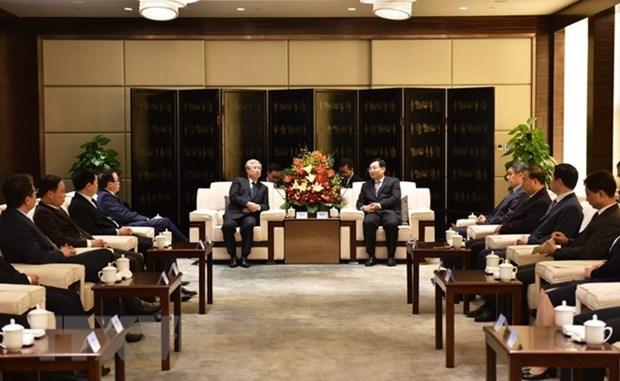 Robustecen nexos de cooperacion entre las localidades vietnamitas y chinas hinh anh 1