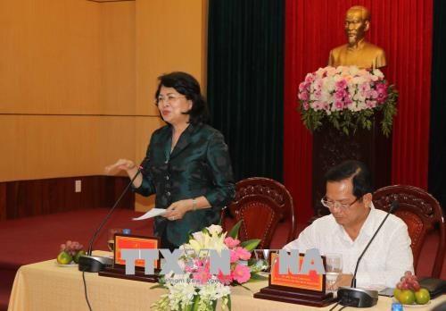 Vicepresidenta de Vietnam insta a desarrollar el turismo en provincia central hinh anh 1