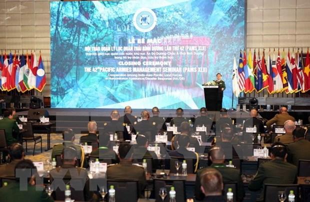 Clausuran en Hanoi Seminario sobre gestion de ejercitos del Pacifico hinh anh 1