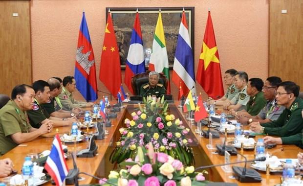 Intercambio entre zonas fronterizas contribuye a fomentar amistad y cooperacion hinh anh 1