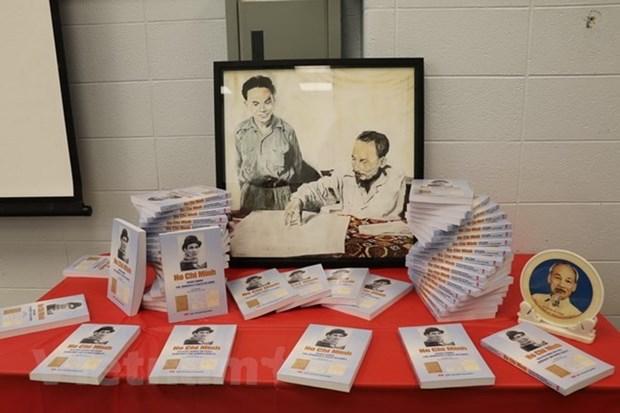 Presentan en Canada libro sobre obras del Presidente vietnamita Ho Chi Minh hinh anh 1
