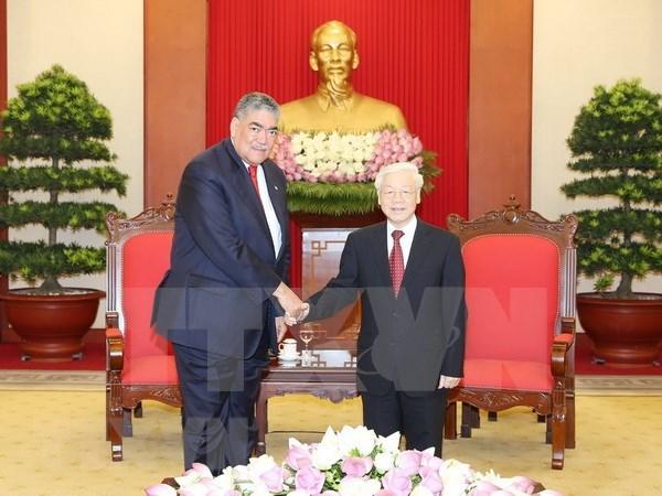 Vietnam y Republica Dominicana fortalecen nexos partidistas hinh anh 1
