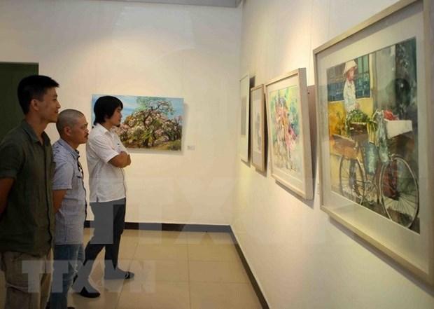 Intercambio cultural y exposicion estrechan lazos entre artistas vietnamitas y extranjeros hinh anh 1