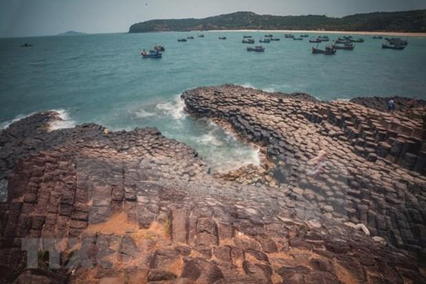 Turistas prefieren playas durante vacaciones por el Dia Nacional de Vietnam hinh anh 1