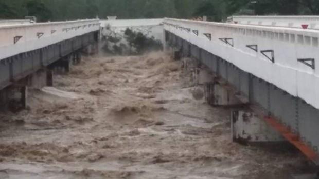 Derrumbe de presa en Myanmar inunda aldeas y bloquea carretera hinh anh 1