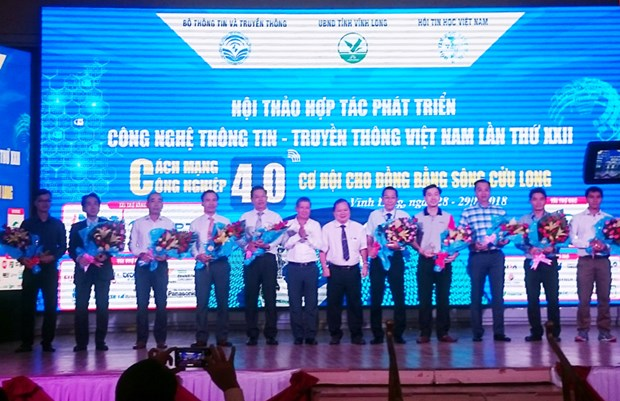 Destacan desarrollo de gobierno electronico en seminario sobre las TIC en Vietnam hinh anh 1