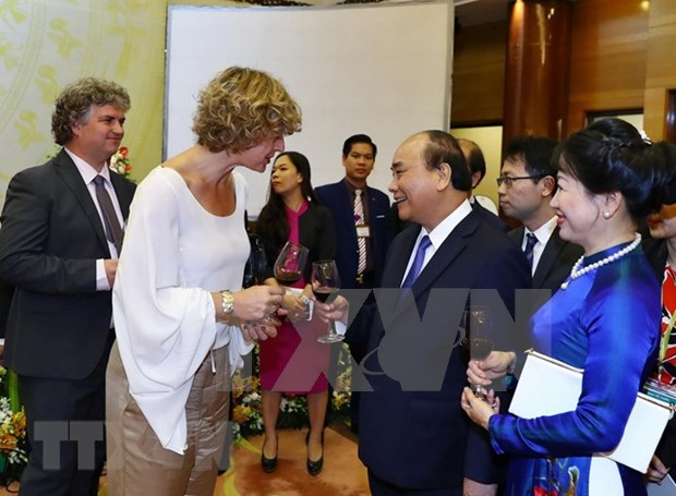 Primer ministro de Vietnam ofrece banquete por el Dia Nacional hinh anh 1