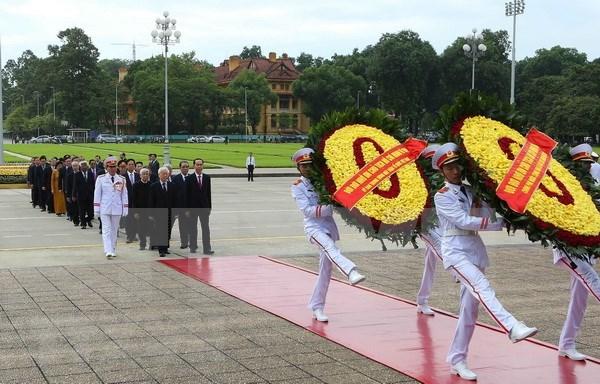 Tributo al Presidente Ho Chi Minh en Dia de la Independencia de Vietnam hinh anh 1
